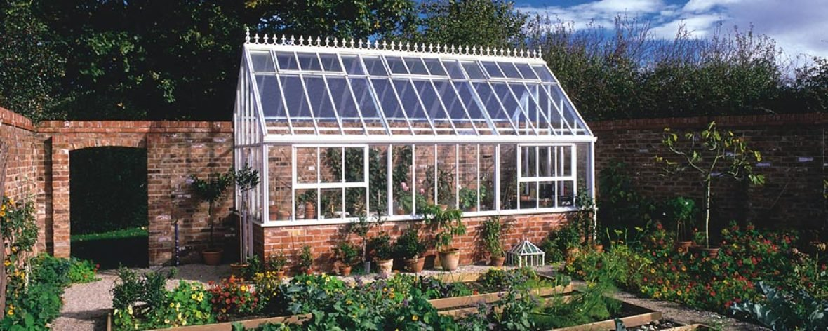 Bespoke Lean to Greenhouse 9